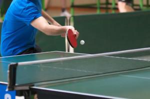 tischtennis-ballwechsel