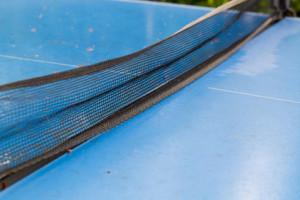 Reinigung und Pflege von Tischtennisplatten